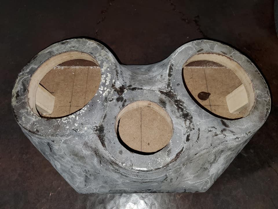 Name:  speaker box1.jpg Views: 67 Size:  70.6 KB