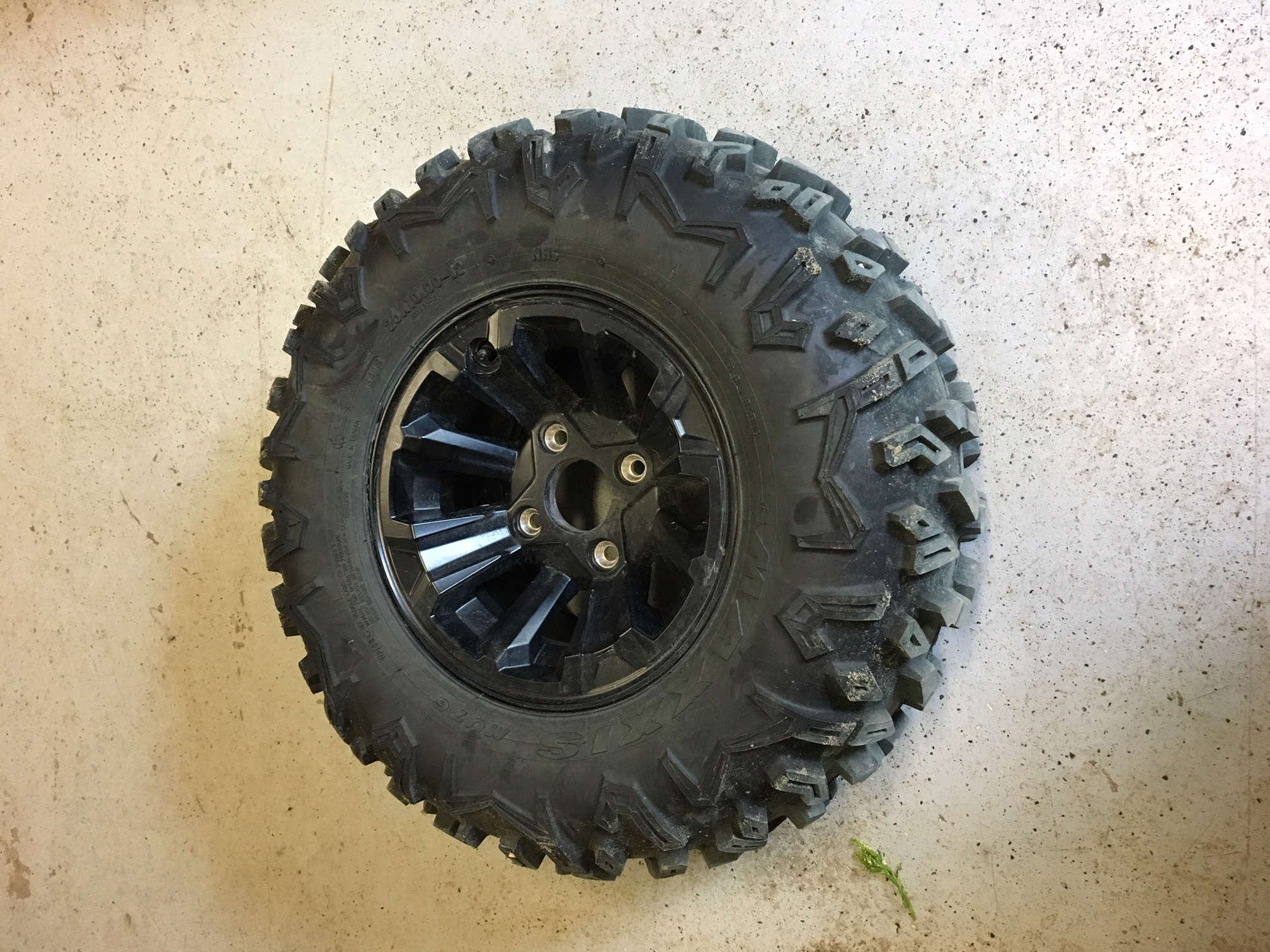 Name:  X2 tire and wheel.JPG